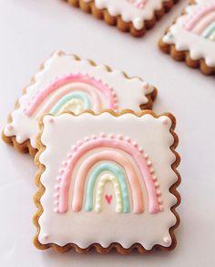 First Birthday Cookies, Rainbow First Birthday, Baby Girl Birthday, 1st Birthday Parties, Birthday Ideas, Baby Cookies, Baby Shower Cookies, Royal Icing Cookies, Rainbow Pastel