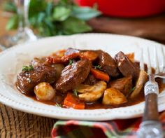 Egy finom Gombás-marhahúsos ragu ebédre vagy vacsorára? Gombás-marhahúsos ragu Receptek a Mindmegette.hu Recept gyűjteményében!