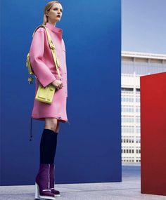Nathaniel Goldberg fotografa Daria Strokous para a edição de setembro de 2014 de Harper's Bazaar US #FashionFama
