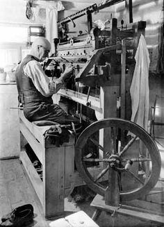 ockings were produced on wooden knitting frames until the 1930's in Saxony and Thuringia.