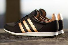 adidas Originals adistar Racer: Black/Rose Gold