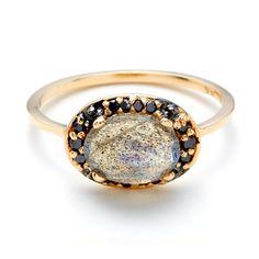 Yellow Gold, Black Diamond & Labradorite Chasse Amulet Ring