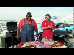 BBQ Pitmaster's Tuffy Stone and Moe Cason share Tips on how to make the Perfect BBQ Rib Bbq Ribs Recipe Grill, Barbecue Pork Ribs, Bbq Grill, Smoked Beef Brisket, Smoked Ribs, Brazilian Bbq, Pork Ribs Grilled, Stone Bbq, Smoking Recipes