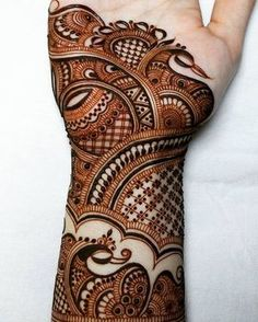 Beacause evry single details matters🌱 To LEARN Henna Art and Henna mixology join our work shop OCTOBER ) I'll be… Peacock Mehndi Designs, Latest Bridal Mehndi Designs, Indian Mehndi Designs, Henna Art Designs, Modern Mehndi Designs, Mehndi Design Photos, Wedding Mehndi Designs, Mehndi Designs For Hands, Henna Peacock