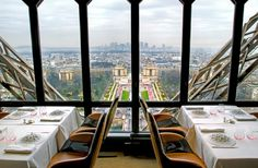 Spectacular view on 2nd floor of Eiffel tower @ restaurant Jules Verne | #Paris