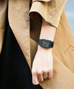 【チープCASIO(チープカシオ)】って知っていますか?ご存知、電算機メーカー「カシオ」の高性能なのでプチプラでおしゃれな腕時計のことなんです!たったの4桁で買えてしまうようなとってもお手頃な時計ですが、侮ることなかれ!その可愛さは今、大人女子たちを次々と魅了しています♪あなたも、どこかレトロでポップな可愛いチプカシをゲットしてみませんか?