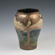 Hog Hill Luster Pottery Vase | Online Auction | Proxibid