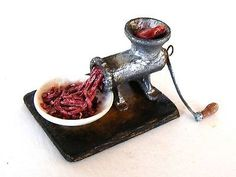 Meat grinder - Miniature in 1:12 by Erzsébet Bodzás, IGMA Artisan