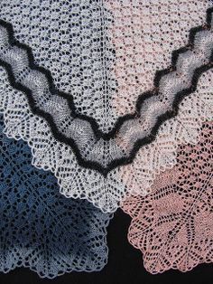 Bertha Lace Shawl by evelyndesigns, via Flickr