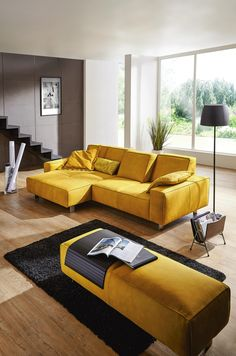 20 salons avec un canap jaune canap jaune blog deco et deco design. Black Bedroom Furniture Sets. Home Design Ideas