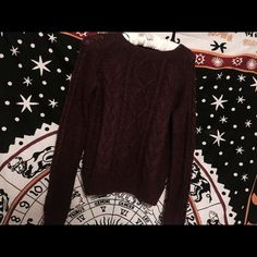 Burgundy knitted sweater good condition H&M Sweaters Cowl & Turtlenecks