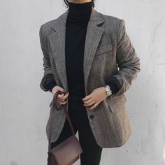 Blazer And Shorts, Casual Outfits, Fashion Outfits, Mode Chic, Printed Blazer, Vogue, Elegant Outfit, Minimal Fashion, Colorful Fashion