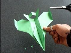 "Papierflieger ""Faita"", Bauanleitung F-16 paper airplane - YouTube"