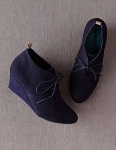 Boden / Navy wedge suede ankle boots | Wildfire Kisses