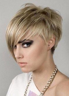 2017 Short Razored Edge Pixie Hairstyles with Choppy Bangs