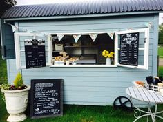 Our cute little shepherd hut ! Its a great place to stop off for an authentic hand pressed coffee, if you're cycling by ;)