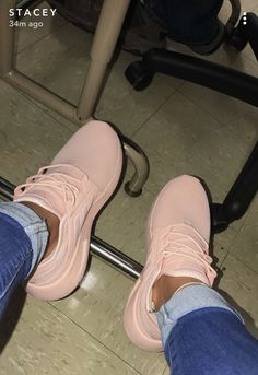 Chaussure Rose pastel https://tumblr.com/ZWjKhc2QAtidb