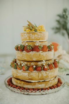 A deconstructed naked cake is still the sweetest way to incorporate boho vibes into your dessert table   Image by I Got You Babe