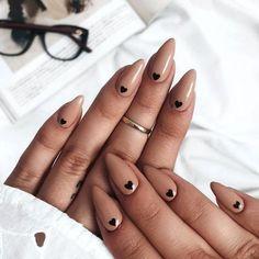 Beige Nails, Light Pink Nails, Pink Nail Art, Beige Nail Art, Black And Nude Nails, Black Nail, Neutral Nails, Brown Nails, Cute Nail Art