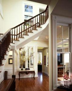 "FAB-U-LOUS design!  LOVE the ""hallway"" underneath, AND the framed window indoors - Cass"