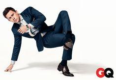 Chaning Tatum in a shark-blue suit Channing Tatum, Gq Men, Urban Dance, Estilo Cool, Breakdance, Gq Magazine, Magazine Online, Raining Men, Suit And Tie