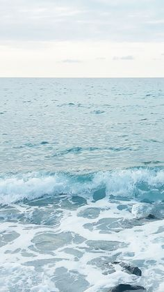 Ocean-Shore-Waves-In-Winter-iPhone-6-Plus-HD-Wallpaper