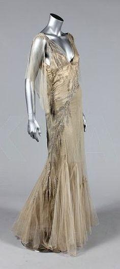 Wedding or Court Presentation Dress - 1930's - Made in England