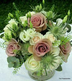 Arrangements Ikebana, Flower Arrangements Simple, Floral Centerpieces, Wedding Centerpieces, Wedding Bouquets, Wedding Flowers, Diy Flowers, Wedding Decorations, Aisle Decorations