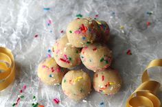 Super healthy, and quite festive, these Gluten-Free Funfetti Cookie Dough Bites are a fun and simple dessert that everyone who likes sprinkles will surely love. And with only one bowl and five ingredients, you will appreciate how easy cleanup is.