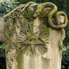 A stunning grave