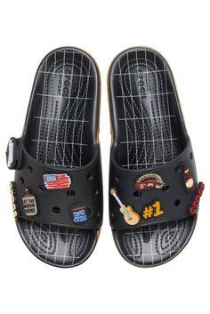 Luke Combs x Crocs Classic Bootlegger Slide #lukecombs #crocs #sandals #summersandals Comfy Shoes, Comfortable Shoes, Casual Shoes, Slide Sandals, Flip Flop Sandals, Crocs Slides, Crocs Classic, High End Fashion, Men S Shoes