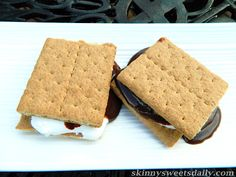 Skinny Sweets Daily: Some More (Skinny) S'mores Please. Check these out! I bet you will love them. You can make them anytime of year too. Enjoy every gooey bite. Click pic for recipe.