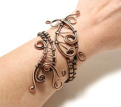 copper cuff bracelet wire wrapped jewelry handmade by BeyhanAkman Copper Cuff, Copper Bracelet, Copper Jewelry, Wire Jewelry, Gemstone Jewelry, Jewelry Sets, Copper Wire, Copper Necklace, Jewellery Box