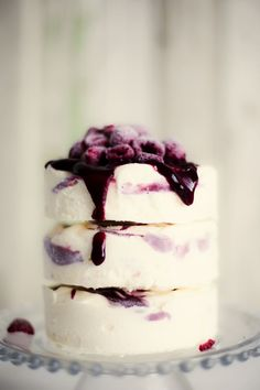 A Lovely Round Up Of Fabulous Wedding Ice Cream Ideas And Inspiration. Weddings Have Never Been Better Than With Ice Cream!