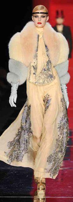Glamour girl with a little swag.... (Jean Paul Gaultier Winter 2012 Paris -- http://vogue.globo.com/desfiles/cidade/paris/jean-paul-gaultier-paris-inverno-2013-2/)