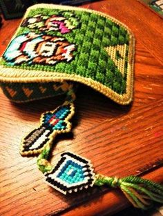 Plastic Canvas Zelda Purse | Sprite Stitch