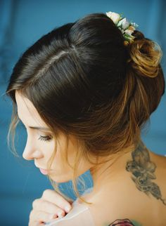 The bride wedding hairstyle&make up