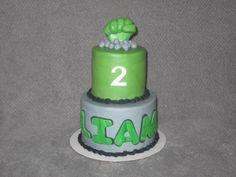 Incredible Hulk themed cake