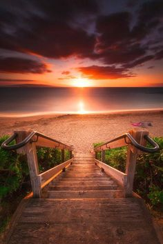 Stairway To Heaven Maui Beach Landskap Fotografi Stairway To Heaven, Beautiful Sunset, Beautiful World, Beautiful Places, Beautiful Pictures, Beautiful Gorgeous, Landscape Photography, Nature Photography, Adventure Photography