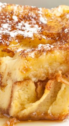 This French Toast Bake is made with thick Texas toast, which results in a scrumptious breakfast everyone will love! The Best French toast casserole yet. Make Ahead French Toast, French Bread French Toast, Overnight French Toast, French Toast Bake, French Toast Casserole, Breakfast Casserole, Breakfast Toast, Breakfast Dishes, Breakfast Recipes