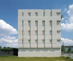 One of my favorite rehabs/additions, Diener & Diener - extension to the Swiss embassy in Berlin, 2000. More here.