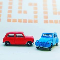Anyone remember these old dinky cars that came free with Kelloggs Cornflakes? (there used to be four here!) #mini #2cv #dinkytoys #austinmini #corgi #toys #freestuff #kelloggscornflakes #cars #instacars #oldschool #classic #nostalgia #instatoys #dublin #vroomvroom #smallcars #carsofinstagram #caroftheday #redmini #oldstuff #instalike #instalikes #instacool #mini850 #diecast #diecastcars #corgicars #freegifts