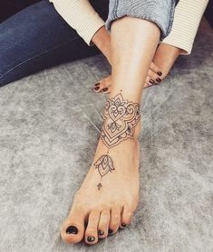 67 Infinity Gorgeous Anklet Tattoos Design Anklet Tattoos Idea For … – foot tattoos for women Armband Tattoos, Leg Tattoos, Girl Tattoos, Tatoos, Bone Tattoos, Gorgeous Tattoos, Unique Tattoos, Small Tattoos, Awesome Tattoos