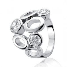Zinzi Polished Sterling Silver ring bezel set with 3 large fine quality white Cubic Zirconias.  Approximate Weight in size M1/2 : 8.00gm  All Zinzi Rings come with their own packaging, ready to be presented as a gift.
