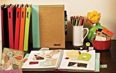 Aujourd'hui dans la rubrique We Love DIY, le Smash Book. Smash Book Love, Wreck This Journal, First Love, My Love, Project Life, Book Art, Blog, This Book, Artsy