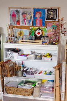A Tour of Our Reggio Inspired Homeschool Room - An Everyday Story