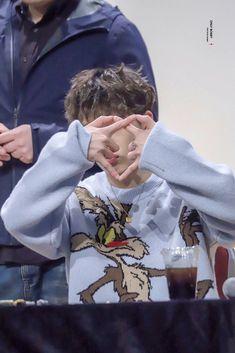 my fingers too short to make it 😩 Yg Ikon, Ikon Kpop, Ikon Member, Kim Jinhwan, Jay Song, Ikon Wallpaper, Asian Babies, New Kids, Fan Art