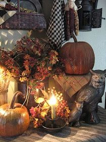 The Patriot Homeplace: Happy Fall & A SWEET Post!Use my wooden cat in a fall display! Thanksgiving Decorations, Holiday Decor, Holiday Ideas, Christmas Decor, Autumn Decorating, Decorating Ideas, Door Decorating, Vibeke Design, Primitive Fall