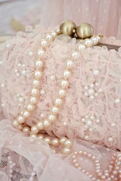 Pretty pink lace evening bag with pearls. Pearl And Lace, Everything Pink, Color Rosa, Soft Grunge, Pearl Jewelry, Jewlery, Jewelry Box, Pale Pink, Pink Lace
