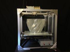 Gigabot - Uma impressora 3D gigante para Fab Labs